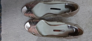 Used Ted bakers sandle golden US 8 in Dubai, UAE