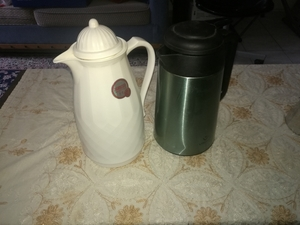 Used Vacuum jug (just the black one) in Dubai, UAE