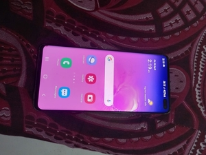 Used Samsung GALAXY S10 plus 128memry 8ram in Dubai, UAE