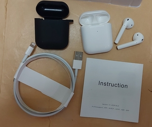 Used Airpod Master Copy with Free case in Dubai, UAE
