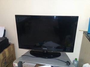 Used Samsung TV 32 inch  HD in Dubai, UAE