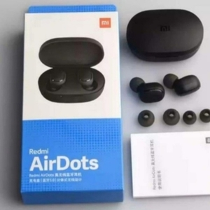 Used MI AIRDOTS REDMI EARBUDS PACKED ✔️ in Dubai, UAE