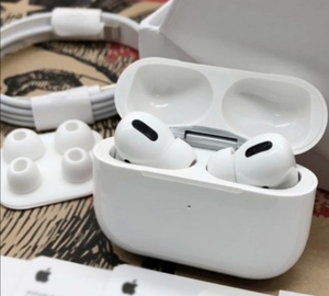 Used APPLE AIRPODS PRO NEW WIRELESS PACKED IN in Dubai, UAE