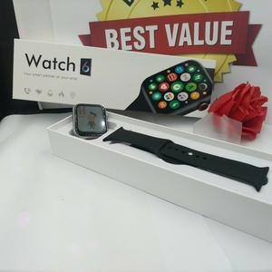 Used SMART WATCH 6 APPLE CLONE ELE2 in Dubai, UAE