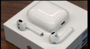 Used APPLEI AIRPODS 2 GREAT OFFER TODAY in Dubai, UAE