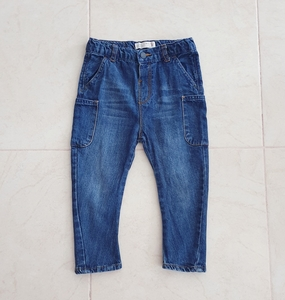 Used Zara boy jeans , size 2-3 yo in Dubai, UAE