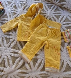 Used Yellow gymboree set for baby boy in Dubai, UAE