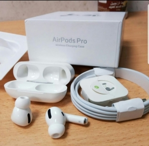 Used Apple airpods pro 🔥 Hot Item🔥 ele1 in Dubai, UAE