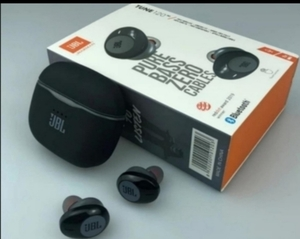 Used JBL TUNE120 EARPHONES BY JD in Dubai, UAE