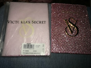 Used Victoria Secret passport cover in Dubai, UAE