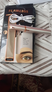 Used Electric Eye Brow Trimmer in Dubai, UAE