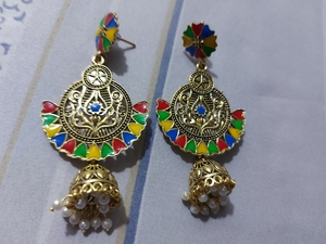 Used fashion earrings in Dubai, UAE