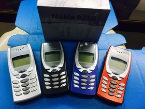 Used Nokia 8210 in Dubai, UAE