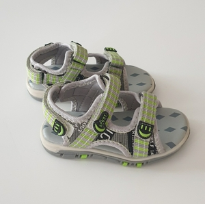 Used Kids sandals size 24 in Dubai, UAE