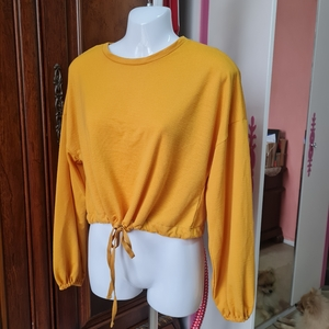 Used 2XTREMZ S/M yellow stylish top in Dubai, UAE