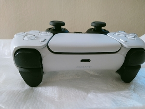Used PS5 controller in Dubai, UAE