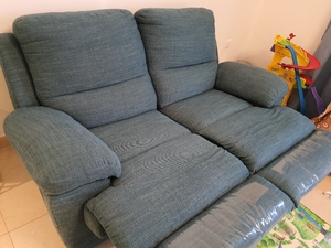 Used Recliner 2 seater in Dubai, UAE