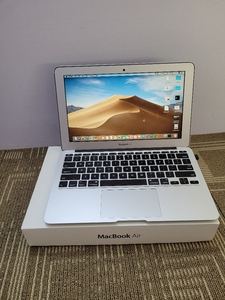 Used Macbook Air 2015 128gb core i5 in Dubai, UAE