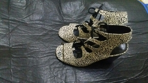Used Papaya - heels 38size in Dubai, UAE