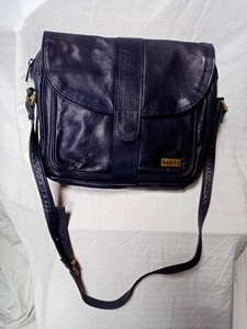 Used Blue Leather shoulder Bag in Dubai, UAE