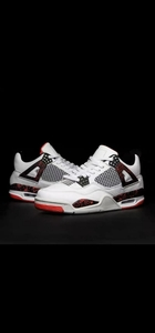 Used High Quality Jordan 4 2020 size 40-45 in Dubai, UAE