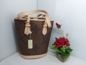 Used LV Tote bag, LV Bucket in Dubai, UAE