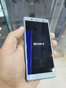 Used Sony XZ2 Compact in Dubai, UAE