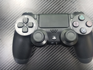 Used ps4 controller dualshock 4 in Dubai, UAE