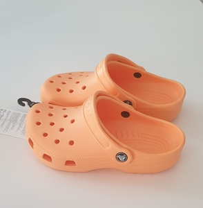 Used Kids crocs brand new in Dubai, UAE