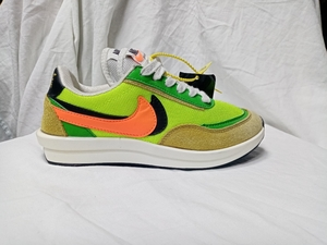 Used NIKE SACAI neon green (size 36) in Dubai, UAE