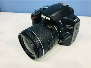 Used Nikon D3200 with 18mm,55mm lens in Dubai, UAE