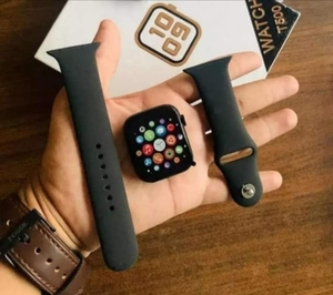Used Apple watch model T500 in Dubai, UAE