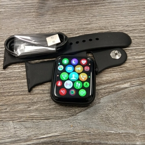 Used Apple watch model W-26 in Dubai, UAE