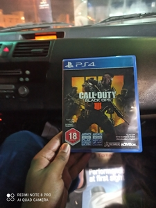 Used PS4 game CD call of duty in Dubai, UAE