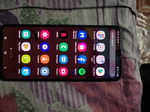 Used Samsung s70 used in Dubai, UAE