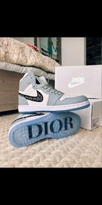 Used NIKE DIOR HIGH CUT size 40(sizes 36-44) in Dubai, UAE