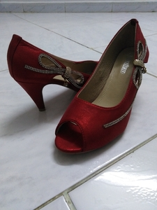 Used New party heel shoes in Dubai, UAE