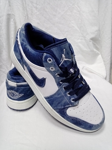 Used Nike Jordan Denim /original size 44 in Dubai, UAE