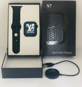 Used X7 SMARTWATCH BEST NEW IN BOX, ✔️ in Dubai, UAE