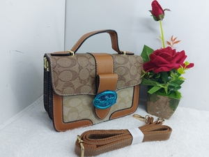 Used coach slingbag in Dubai, UAE