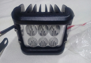 Used Three sides LED work lamp for car in Dubai, UAE