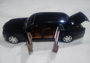 Used Rolls Royce ohantum Alloy diecast car ne in Dubai, UAE