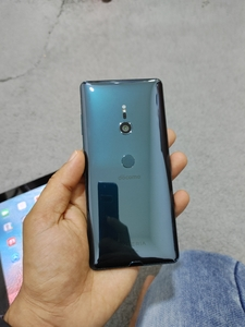 Used Sony XZ3 in Dubai, UAE