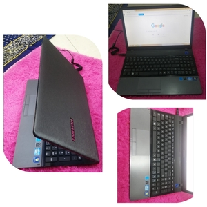 Used Samsung - NP300E5A Laptop i3 2nd Gen in Dubai, UAE