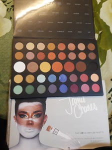 Used JAMES CHARLES Makeup pallete in Dubai, UAE