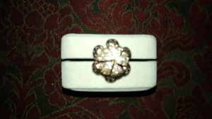 Used Beautiful flower ring close and open in Dubai, UAE