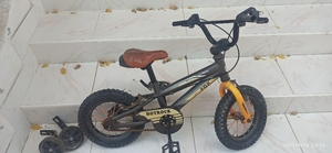 Used Kids cycle 3yr+ size 12 in Dubai, UAE