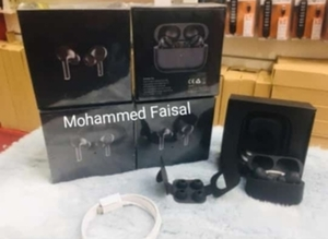 Used Airpod Pro Black Edition Special Offer🎁 in Dubai, UAE