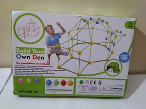 Used Diy tent fortress toy.(think,eye, touch) in Dubai, UAE