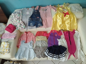Used Bundle of clothes 2-3 yrs old girl 💕 in Dubai, UAE